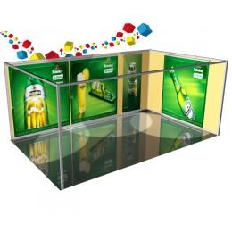 Habillage avec visuels suspendus sur cloisons modulaires